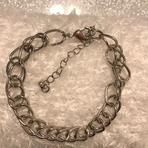 Jewelry - 30% OFF BUNDLES Silver chain bracelet